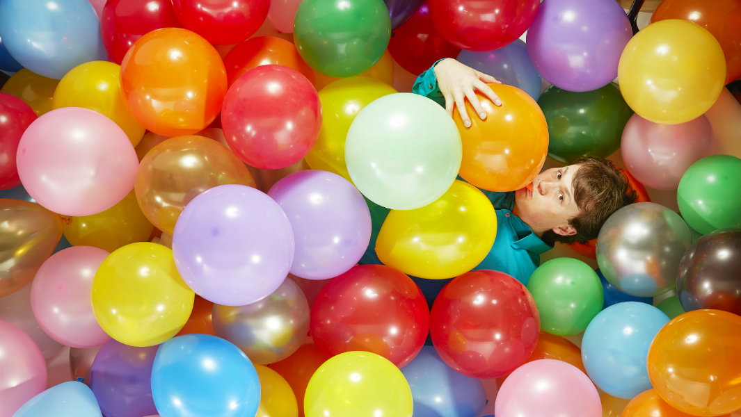 Video: How to overcome globophobia (fear of balloons)
