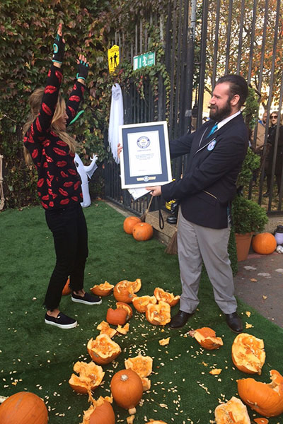 Most pumpkins smashed in one minute