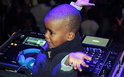 Youngest club DJ video