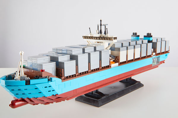 Container ship tile