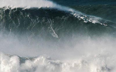 largest wave surfed