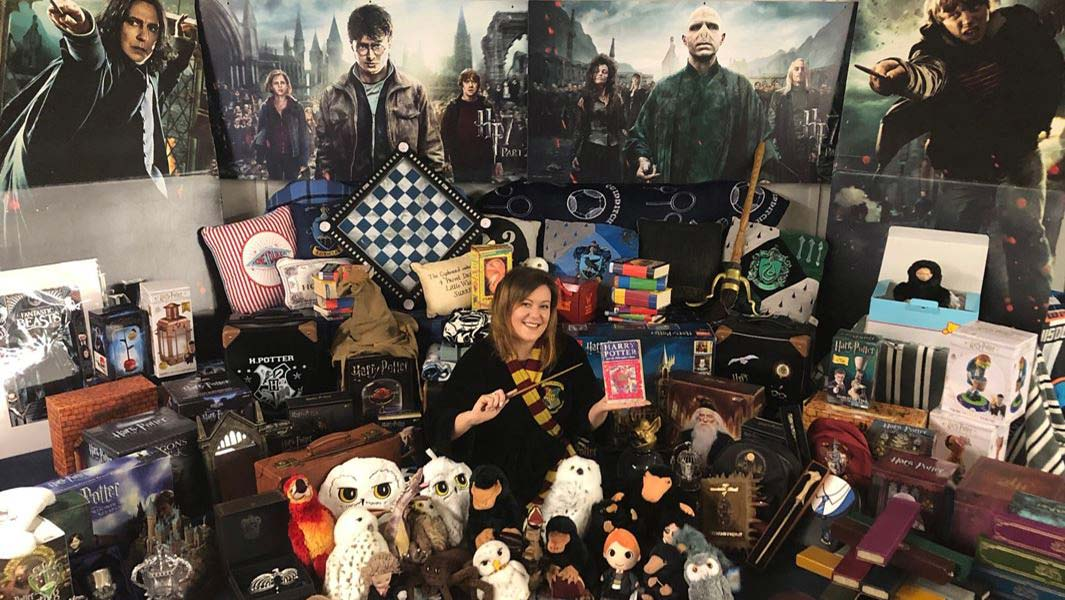 Meet a Harry Potter and Fantastic Beasts superfan! ⚡️
